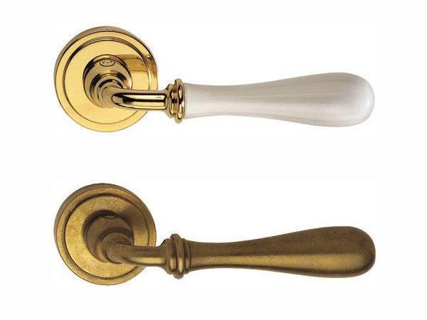 Maniglie porte carbone for Maniglie porte oro